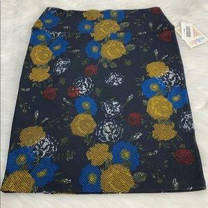 NWT LuLaRoe Black Floral Cassie Skirt